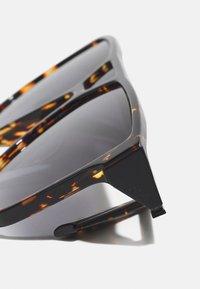 Lacoste - UNISEX - Sunglasses - havana - 2