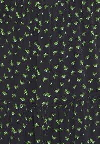 Glamorous Tall - DRESS ROSEBUD FLORAL MAXI - Korte jurk - black - 2