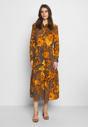 EUGENIA DRESS - Shirt dress - mushroom