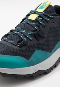 The North Face - W ACTIVIST FUTURELIGHT - Hiking shoes - urban navy/micro chip grey - 5