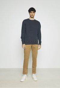 Selected Homme - SLHRELAXLUIS - Sweatshirt - sky captain - 1