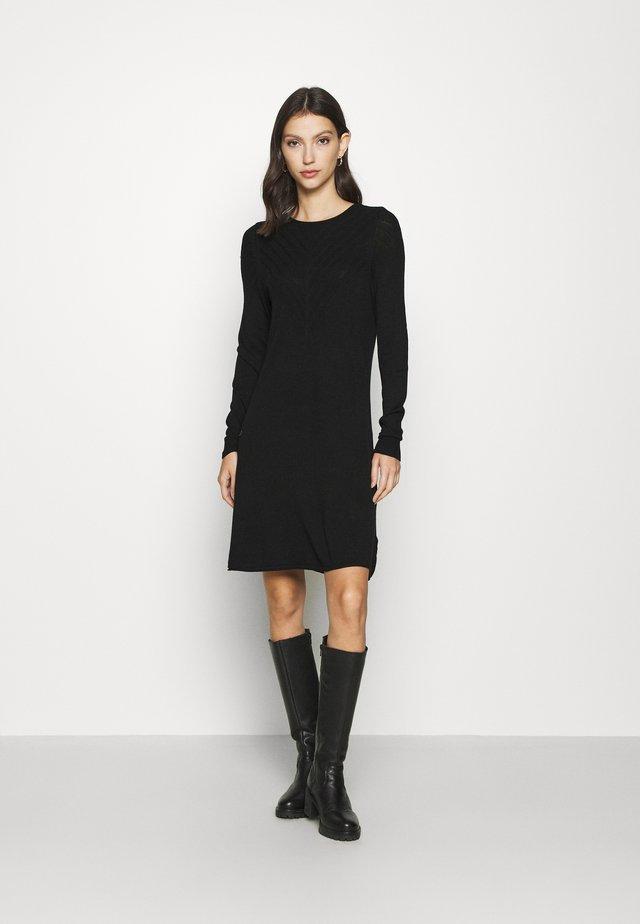 ONLSELINA DRESS - Abito in maglia - black