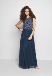Lace & Beads Petite - PICASSO - Společenské šaty - navy - 0