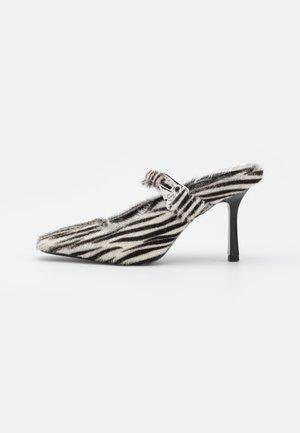 SCARPA DONNA SHOES - Classic heels - black