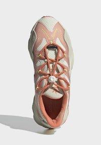 adidas Originals - Trainers - white - 3