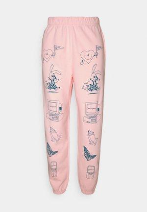 CLIP ART  - Teplákové kalhoty - pink