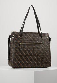 Guess - Shoppingveske - brown - 2