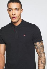 Napapijri - EZY - Polo shirt - black - 3