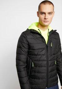 TOM TAILOR DENIM - LIGHTWEIGHT PADDED JACKET - Winter jacket - black - 3