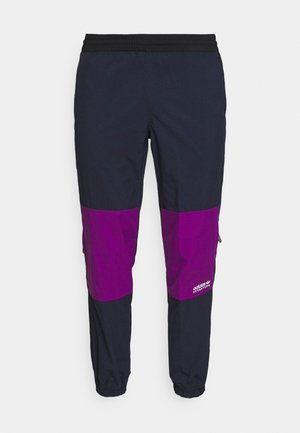 WOVEN PANTS - Teplákové kalhoty - legend ink/glory purple