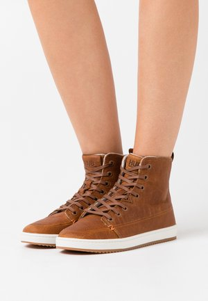 BASE - Ankle boot - cognac/off white