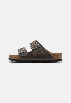 ARIZONA UNISEX - Slippers - faded khaki