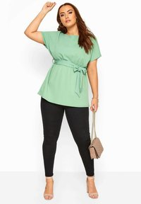 Yours Clothing - Basic T-shirt - green - 1