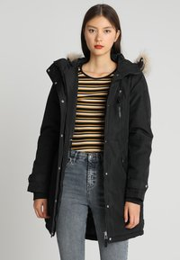 Vero Moda - VMTRACK EXPEDITION - Winter coat - black - 0