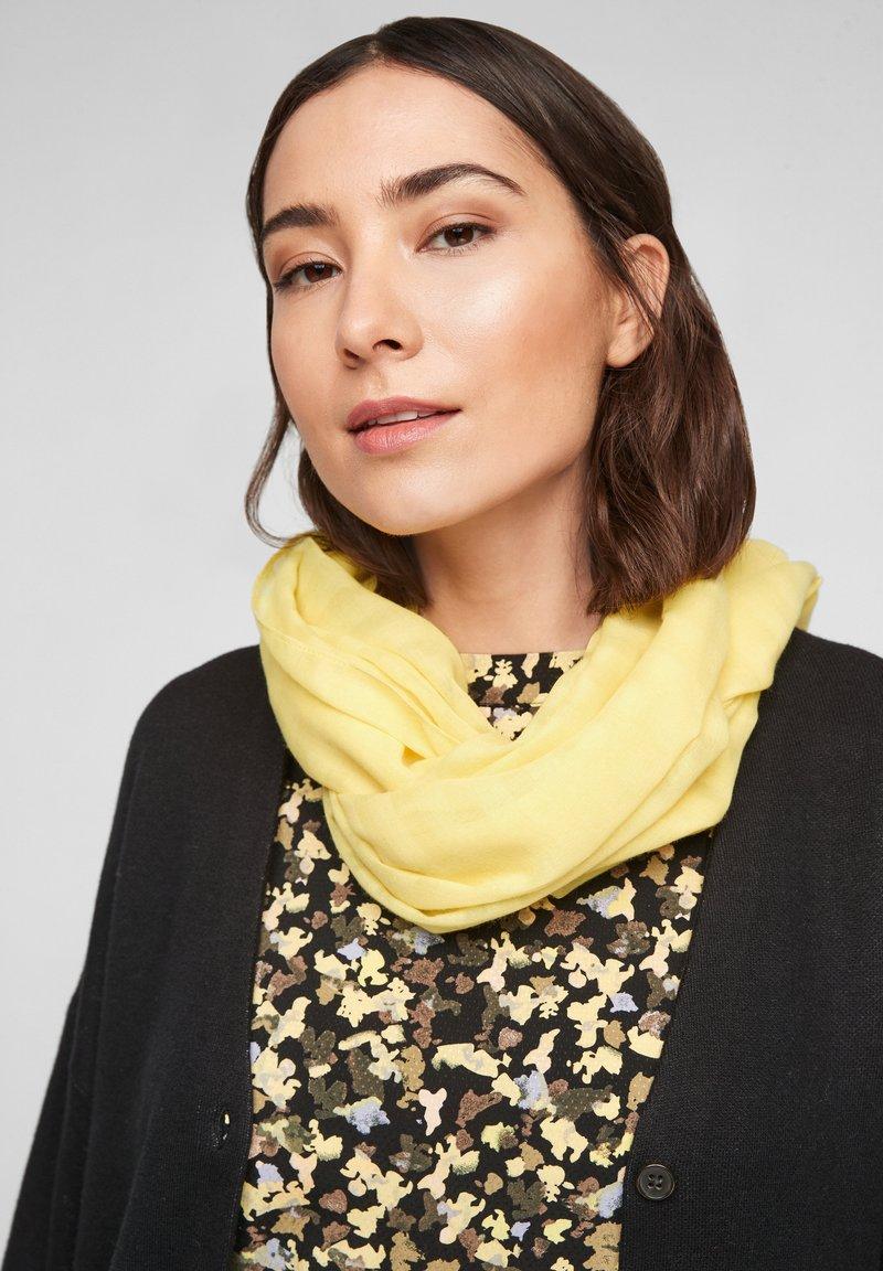 s.Oliver - Snood - light yellow
