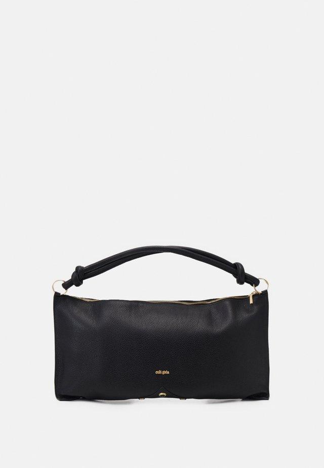 HERA SHOULDER - Handbag - black