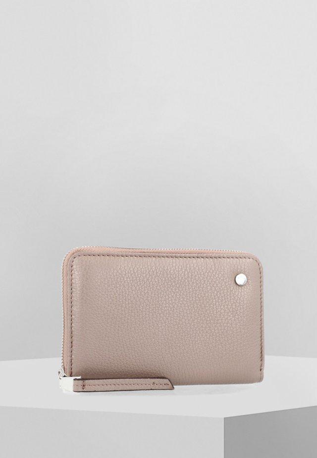 ADRIA - Wallet - brown