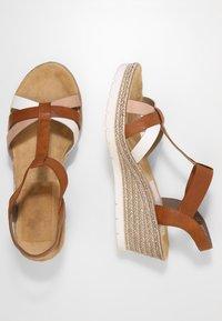Rieker - Platform sandals - bianco/cognac - 3