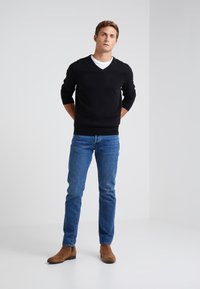 J.CREW - SOLID EVERYDAY CASH - Jumper - black - 1