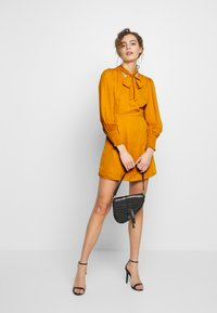 Fashion Union - PEEPO - Day dress - yellow - 1