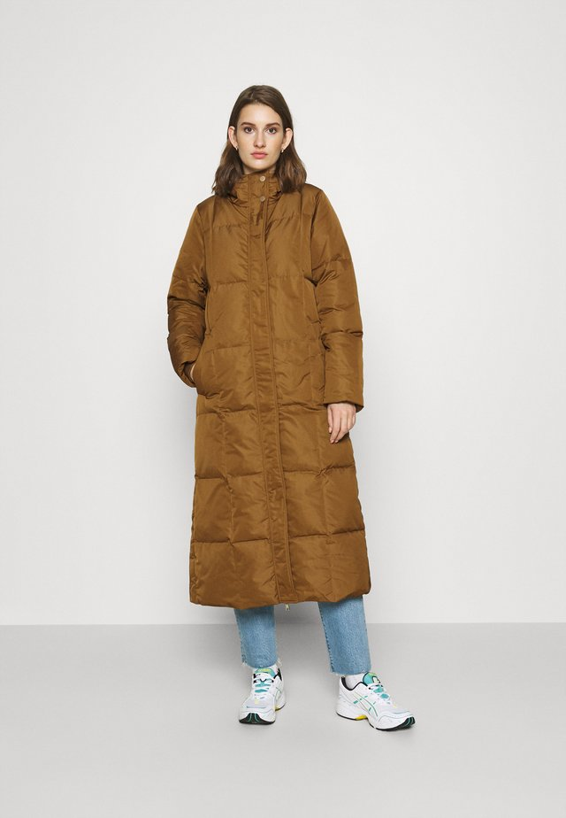 LUCY - Abrigo de plumas - rust