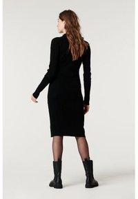 Supermom - DRESS BUTTON - Sukienka dzianinowa - black - 5