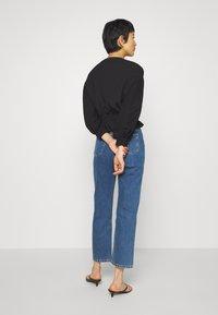 Calvin Klein Jeans - HIGH RISE STRAIGHT ANKLE - Straight leg jeans - ab076 icn light blue - 2