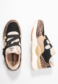 mtng - MAXI - Sneakers - piedra/miami - 3