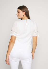 Fashion Union Plus - RON - Bluser - ivory - 2