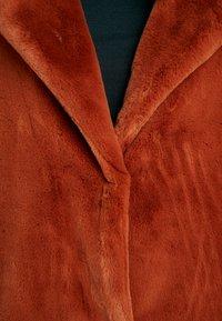 ONLY Tall - ONLASHLEY COAT TALL - Płaszcz wełniany /Płaszcz klasyczny - picante - 4