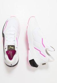 Puma - PROVOKE XT - Zapatillas de entrenamiento - white/black/luminous pink - 1