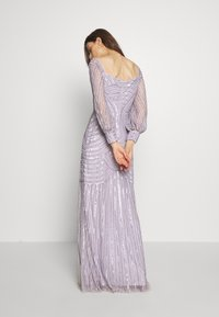 Maya Deluxe - OFF SHOULDER LONG SLEEVE MAXI DRESS WITH EMBELLISHMENT - Ballkjole - soft lilac - 3