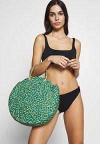 Weekday - DESERT SWIM - Bikini top - black - 1