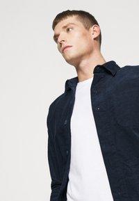 Lindbergh - Summer jacket - navy - 4