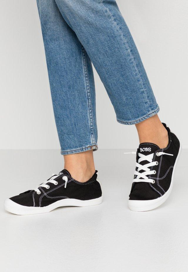 BEACH BINGO - Sneaker low - black
