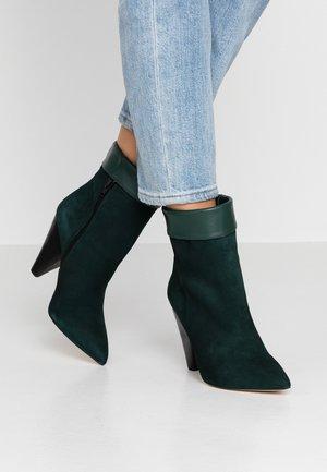 VOLATE - Kotníková obuv na vysokém podpatku - vert