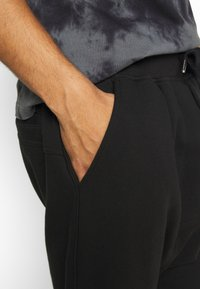 Schott - Shorts - black - 4