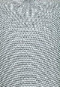 TOM TAILOR DENIM - CREWNECK - Neule - green/white - 5