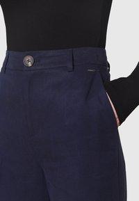 Pepe Jeans - CHARIS - Kalhoty - thames - 5
