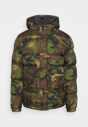 CAMO PUFFER JACKET - Winter jacket - khaki