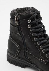 TOM TAILOR - Šněrovací kotníkové boty - black - 5