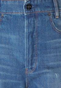 G-Star - C-STAQ 3D BOYFRIEND CROP - Relaxed fit jeans - light-blue-denim - 2