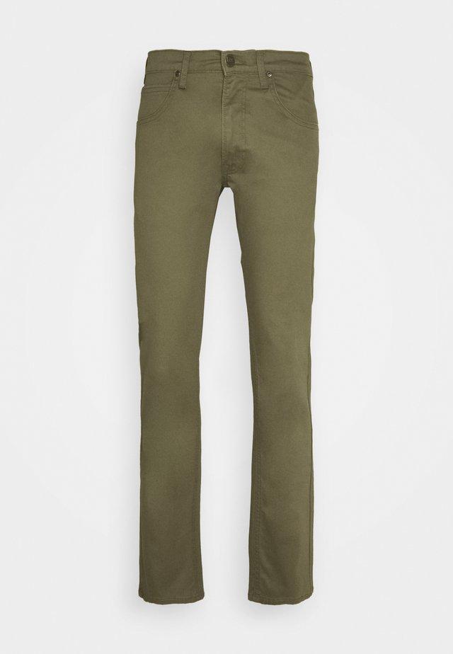 DAREN ZIP FLY - Straight leg jeans - ivy green