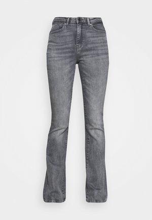 ONLPAOLA LIFE FLARE - Flared Jeans - medium grey denim