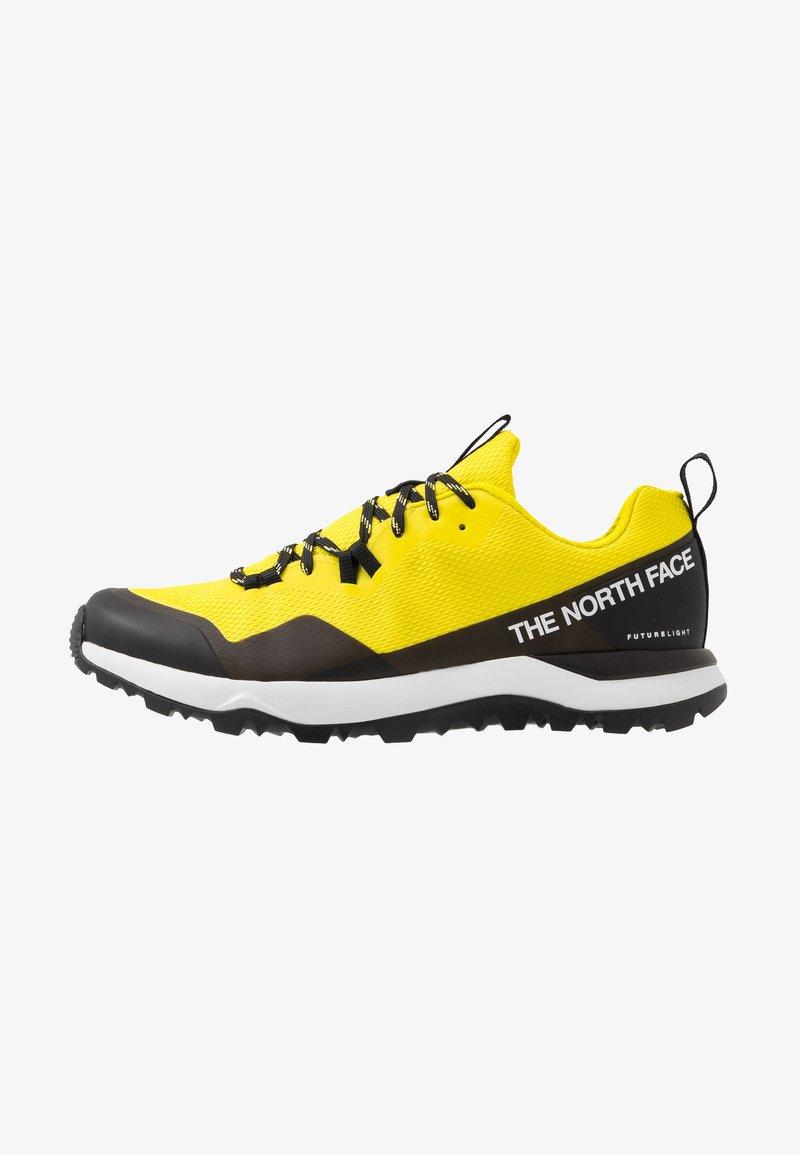 The North Face - M ACTIVIST FUTURELIGHT - Obuwie hikingowe - lemon/black