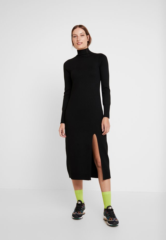 QUINN DRESS - Pletené šaty - black