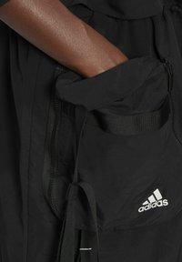 adidas Performance - Three-in-One PARKA SPORTS LOOSE JACKET - Parka - black - 4