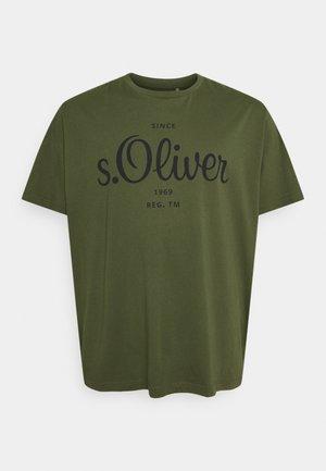 KURZARM - T-shirt med print - khaki/oliv