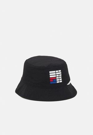 REVERSIBLE SPECTATOR BUCKET UNISEX - Hat - black/white