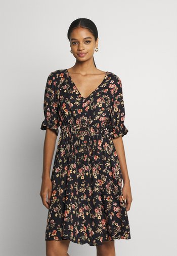 PCCARLA DRESS - Day dress - black